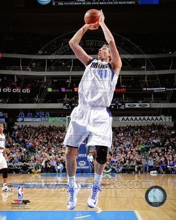 Framed Dirk Nowitzki Shooting Basketball Print