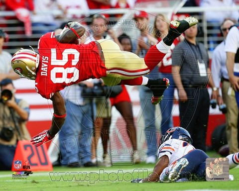 Framed Vernon Davis in the air 2014 Print