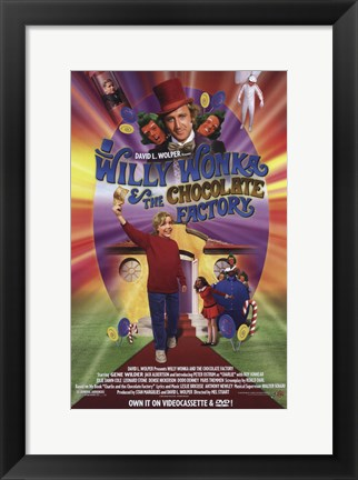 Framed Willy Wonka and the Chocolate Factory - holding golden ticket Print