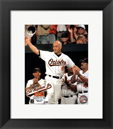 Framed Cal Ripken, Jr. - 2632nd game (hat tip) Print