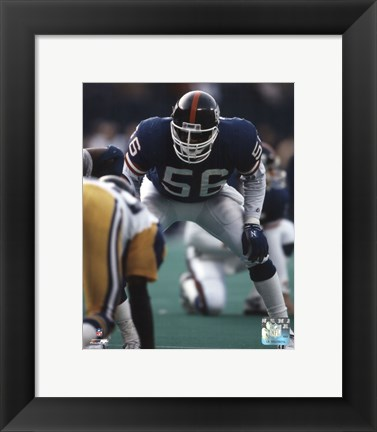 Framed Lawrence Taylor - Defensive Stance Print