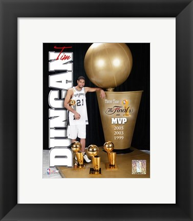 Framed Tim Duncan 2005 - MVP with 3 Trophies  (#3) Print