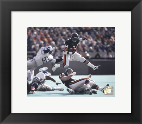 Framed Walter Payton - in air Action Print