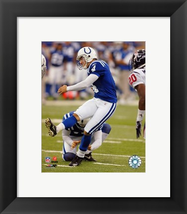 Framed Adam Vinatieri - '06 / '07 running action Print