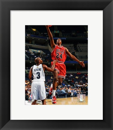 Framed Tyrus Thomas - '06 / '07 Action Print