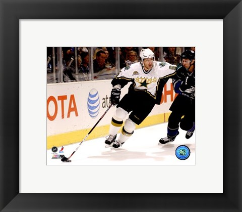 Framed Darryl Sydor - '06 / '07 Away Action Print