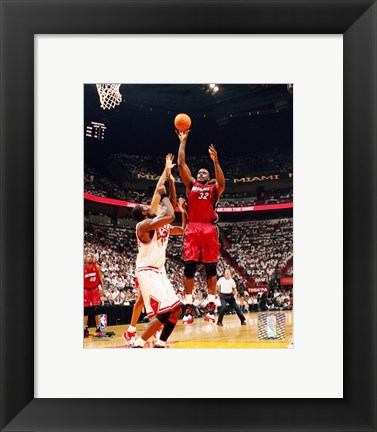 Framed Shaquille O'Neal - '06 / '07 Action Print