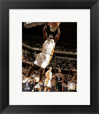 Framed Jermaine O'Neal - '06 / '07 Action Print