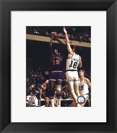 Framed Willis Reed - Action Print