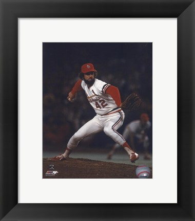 Framed Bruce Sutter - Pitching Action (Cardinals) Print