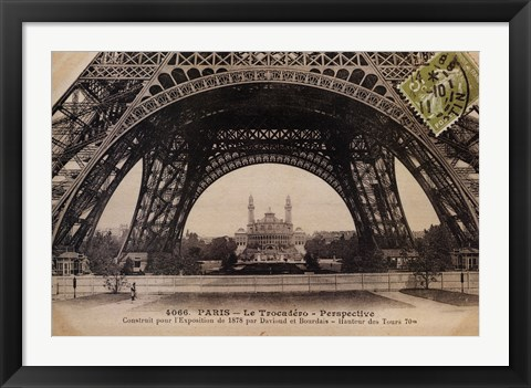 Framed La Base de la Tour Eiffel Print