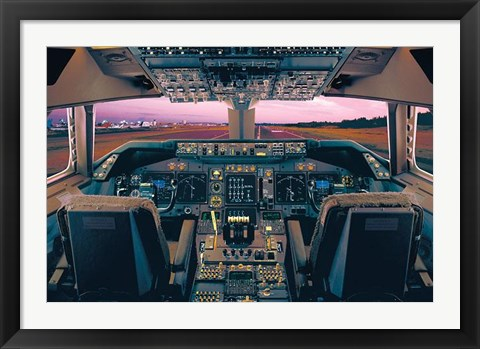 Framed Boeing 747-400 Flight Deck Print