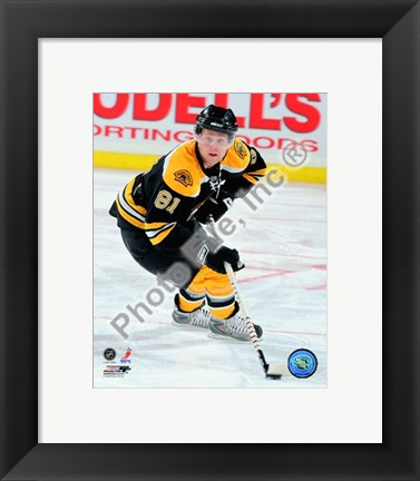 Framed Phil Kessel 2008-09 Home Action Print