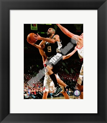 Framed Tony Parker 2008-09 Action Print