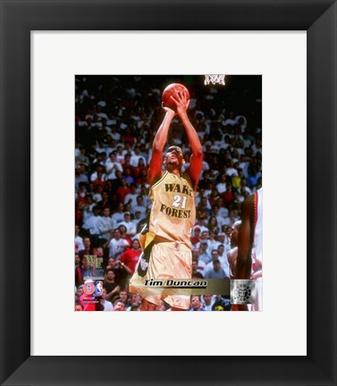 Framed Tim Duncan Wake Forest Demon Deacons 1997 Action Print