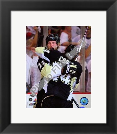 Framed Staal / Cooke - '09 St. Cup / Gm. 6 (#33) Print
