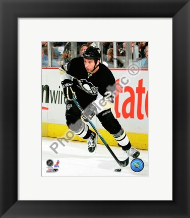 Framed Maxime Talbot 2009-10 Action Print
