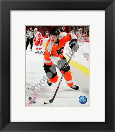 Framed Danny Briere 2009-10 Action Print