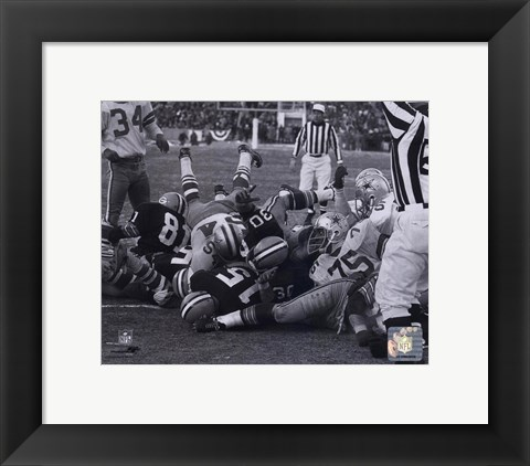 Framed Bart Starr 1967 Ice Bowl Touchdown Print