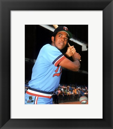 Framed Tony Oliva Posed Print