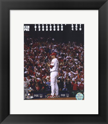 Framed Roy Halladay throws the second no-hitter in MLB postseason history Print
