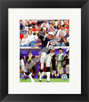 Framed Tom Brady 2010 throwing Print