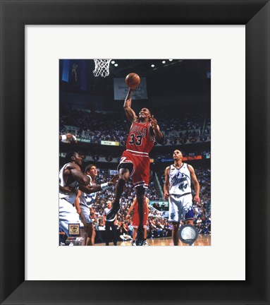 Framed Scottie Pippen Game 2 of the 1998 NBA Finals Action Print