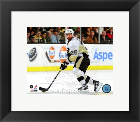 Framed Maxime Talbot 2010-11 Action Print