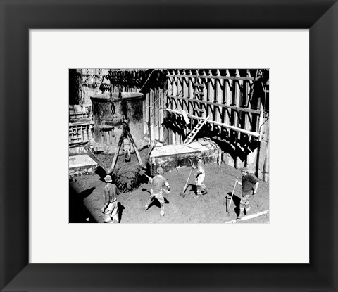 Framed Concrete workers on the Hoover dam Print