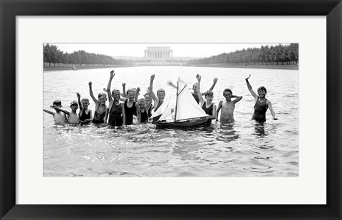 Framed Lincoln Memorial with children in the reflecting pool Print