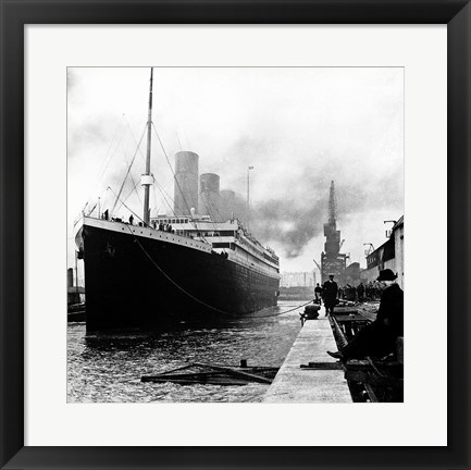 Framed Titanic at the docks of Southampton Print