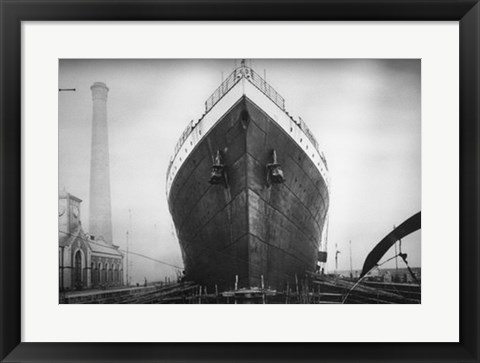 Framed Titanic at the Thompson Graving Dock Print