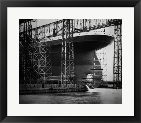 Framed Titanic Constructed at the Harland and Wolff Shipyard in Belfast Photo Print