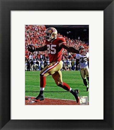 Framed Vernon Davis Touchdown Catch NFC Divisional Playoff Game Action Print