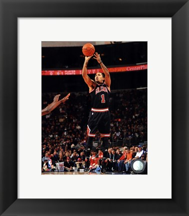 Framed Derrick Rose 2011-12 Action Print