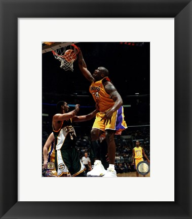 Framed Shaquille O'Neal Action Print