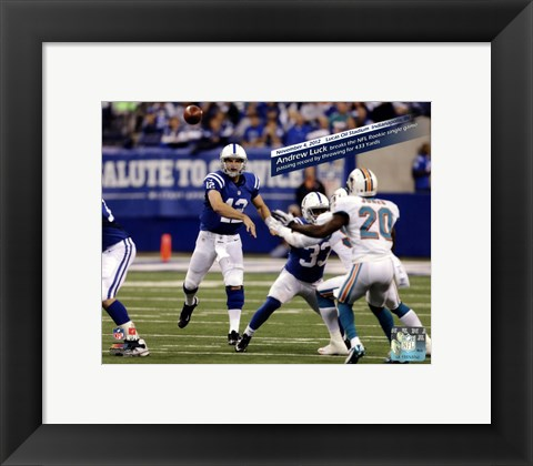 Framed Andrew Luck breaks the NFL Rookie single game passing record, Lucas Oil Stadium- Indianapolis, IN November 4, 2012 Print