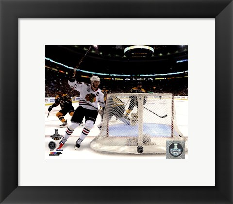 Framed Jonathan Toews goal celebration Game 6 of the 2013 Stanley Cup Finals Print