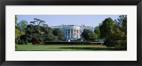 Framed Lawn in front of a government building, White House, Washington DC, USA Print