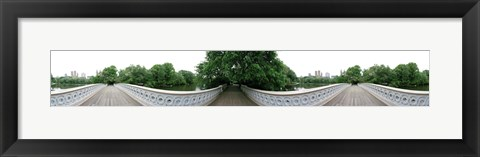 Framed 360 degree view of a footbridge in an urban park, Bow Bridge, Central Park, Manhattan, New York City, New York State, USA Print