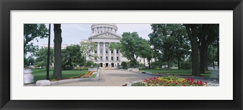 Framed State Capital Building, Madison, Wisconsin, USA Print