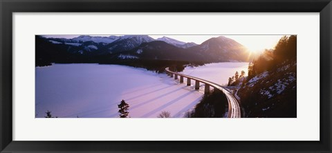 Framed High angle view of a bridge across a lake, Sylvenstein Lake, Bavaria, Germany Print