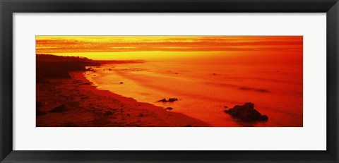 Framed Rock formations on the beach, California (red) Print