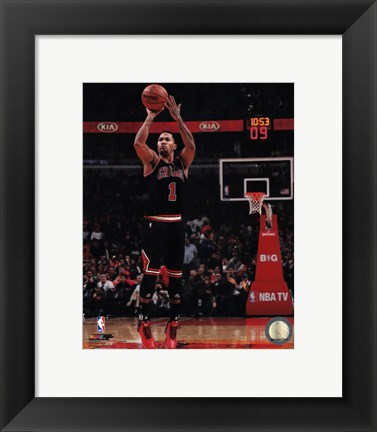 Framed Derrick Rose 2013-14 Action Print