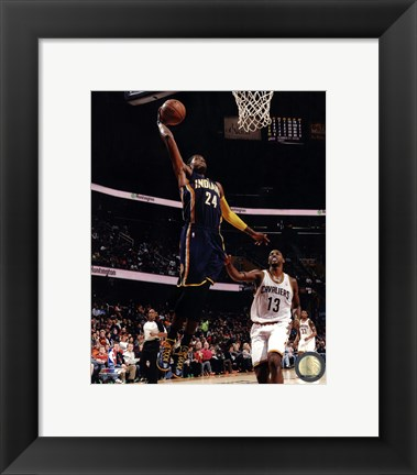 Framed Paul George 2013-14 dunking the ball Print