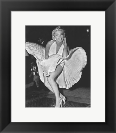 Framed Marilyn Monroe 1954, New York City Print