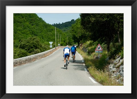 Framed Bicyclists on the road, Bonnieux, Vaucluse, Provence-Alpes-Cote d'Azur, France Print