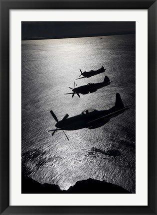 Framed Three P-51 Cavalier Mustang warbirds in flight Print