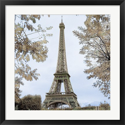 Framed Tour Eiffel au Printemps Print