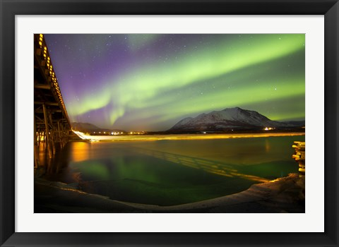 Framed Aurora Borealis over Nares Lake Print